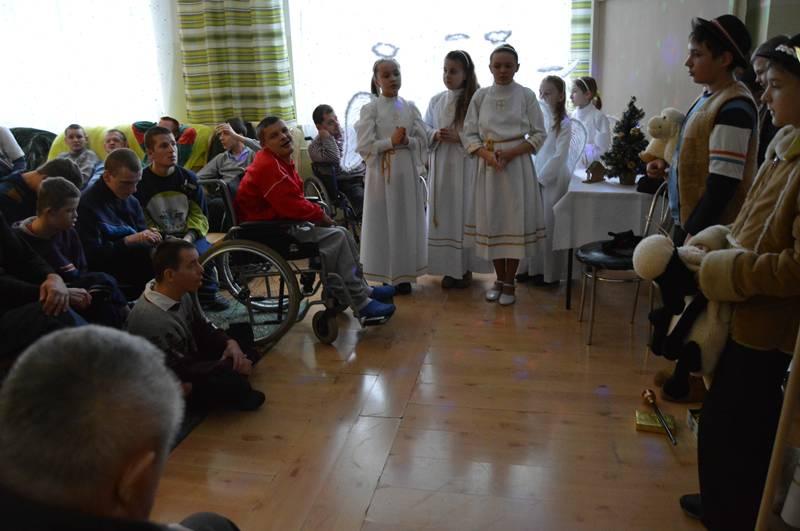 Nasze kolędowanie w Domu Opieki Społecznej w Mokrzyszowie