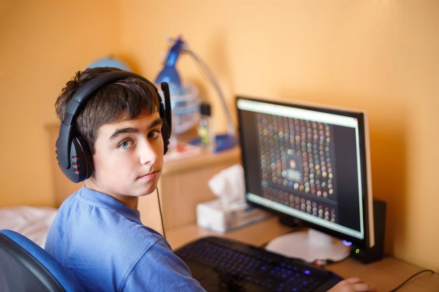 Gry komputerowe – rady dla rodziców
