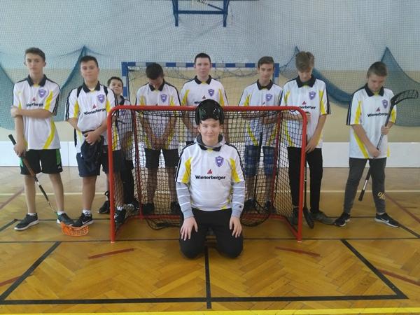 V miejsce naszych chłopców w Powiatowych Igrzyskach Młodzieży w Unihokeju