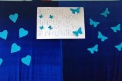 Jestesmy z Wami niebieskimi motylami