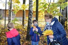 Wycieczka do jesiennego lasu - klasa I i II 26.10.2020