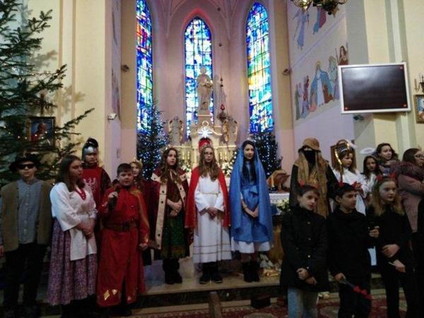 Jasełka w kościele parafialnym w Kupnie