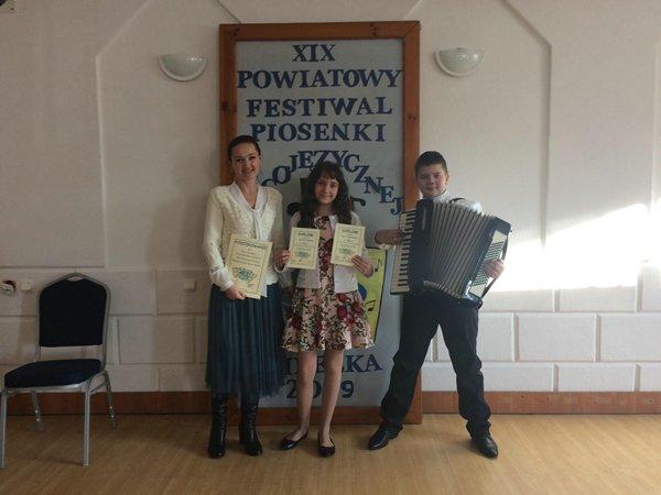 Nasi laureaci na XIX Powiatowym Festiwalu Piosenki Obcojęzycznej